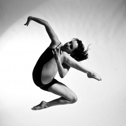 Skye Nicolson   School of Toronto Dance Theatre  Independent dancer- Toronto, ON