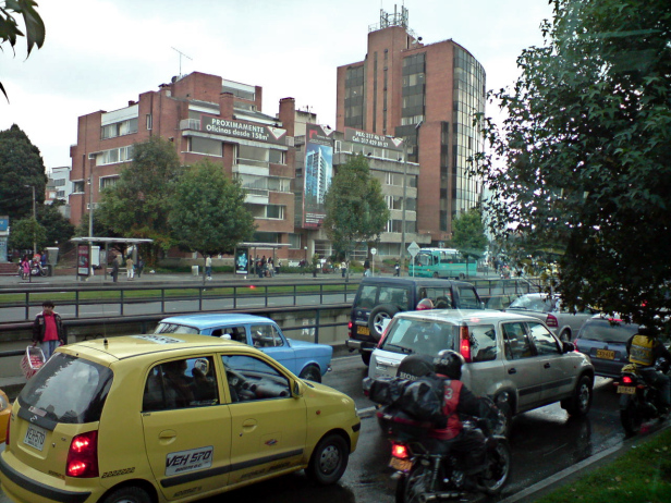 Traffic jam in Bogotá. Photo by: Hugo Londoño