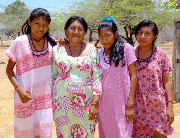 Group of Wayuu women