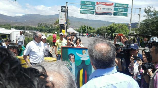 The Secretary General of the OAS visits the Colombia-Venezuela border amid mass expulsions of Colombians from Venezuela. Photo by: OEA-OAS
