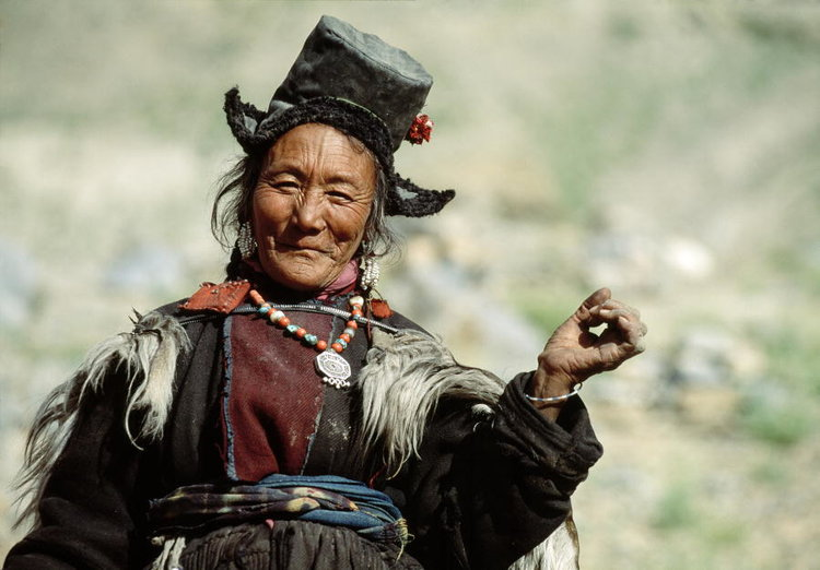A Ladakhi woman, part of the Tibetan ethnic group. Photo credit: 1992. Photoksar, India. UN Photo/F Charton.