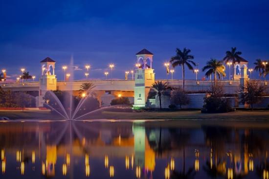 A215-Fountain-at-PGA-Boulevard-Bridge-in-Palm-Beach-Gardens-original.jpg