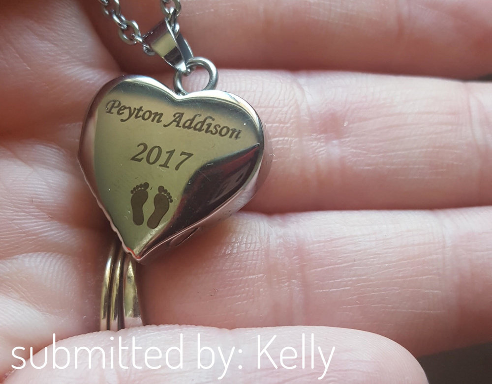 This necklace (which holds her daughter's ashes) was gifted to Kelly, shop unknown.