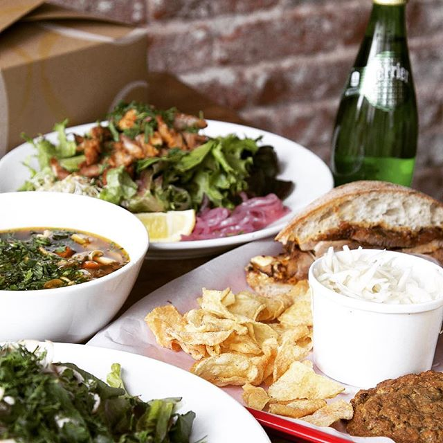 Big shout out to @ubereats for bringing Rocket Pig anywhere in Manhattan below 100th St! We are pumped for this new partnership, so check out our new menu items and order today!! #ubereats #nomnomnom @trestleontenth #eeeeeats #eatmorepork
