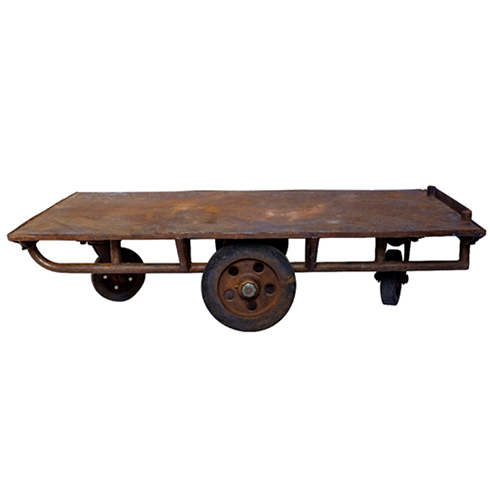 Superbe Industrial Cart Cocktail Table
