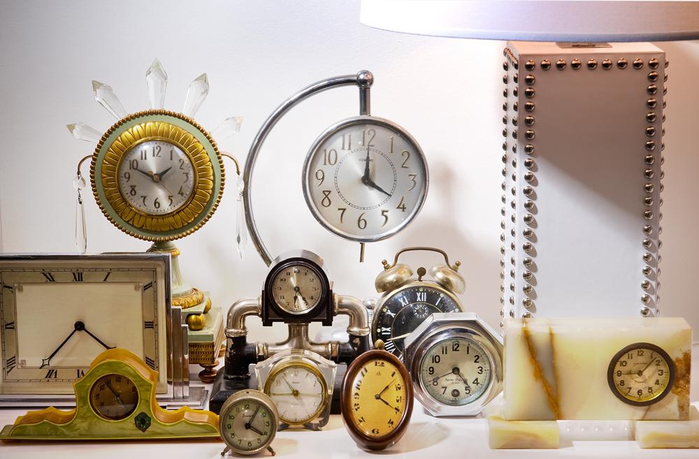 clocks9800.jpg