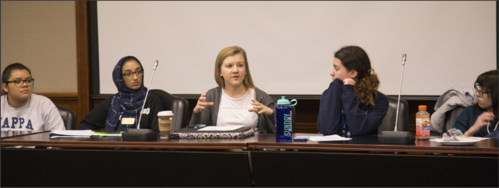 SGA representative Katie Najdi suggests new ideas to better incorperate commuter students in EC events. Photo by Stefan Carlson