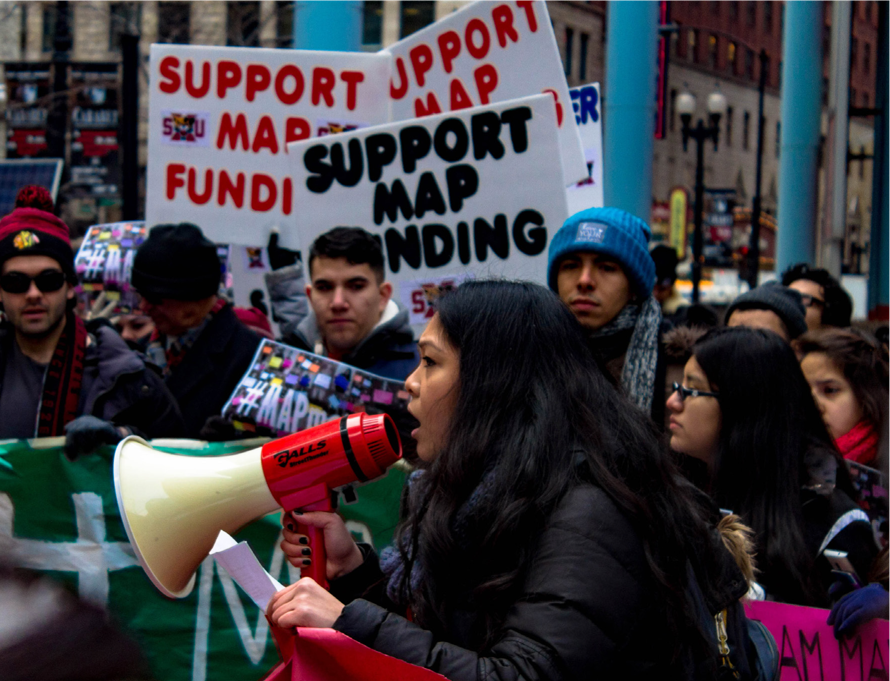 College students protest Governor Rauner's lack of funding MAP Grants outside his office in February. (Photo by Stefan Carlson)