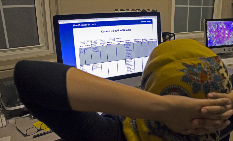 EC student successfully chooses class schedule for upcoming semester (Photo by Stefan Carlson)