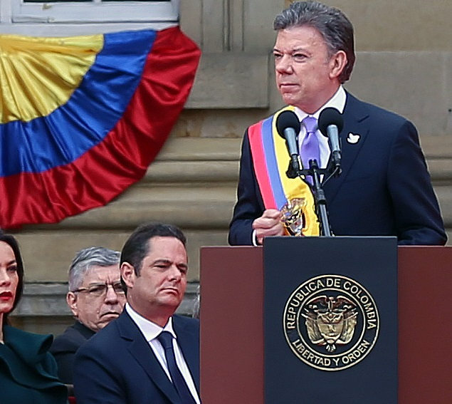 Columbian President Juan Manuel Santos recives the 2016 Noble Peace Prize on Friday, October 7th. (Internet Photo)