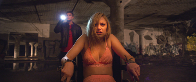 "Actress Maika Monroe plays Jay in the 4 indie horror film ""It Follows."" (Internet Photo)"