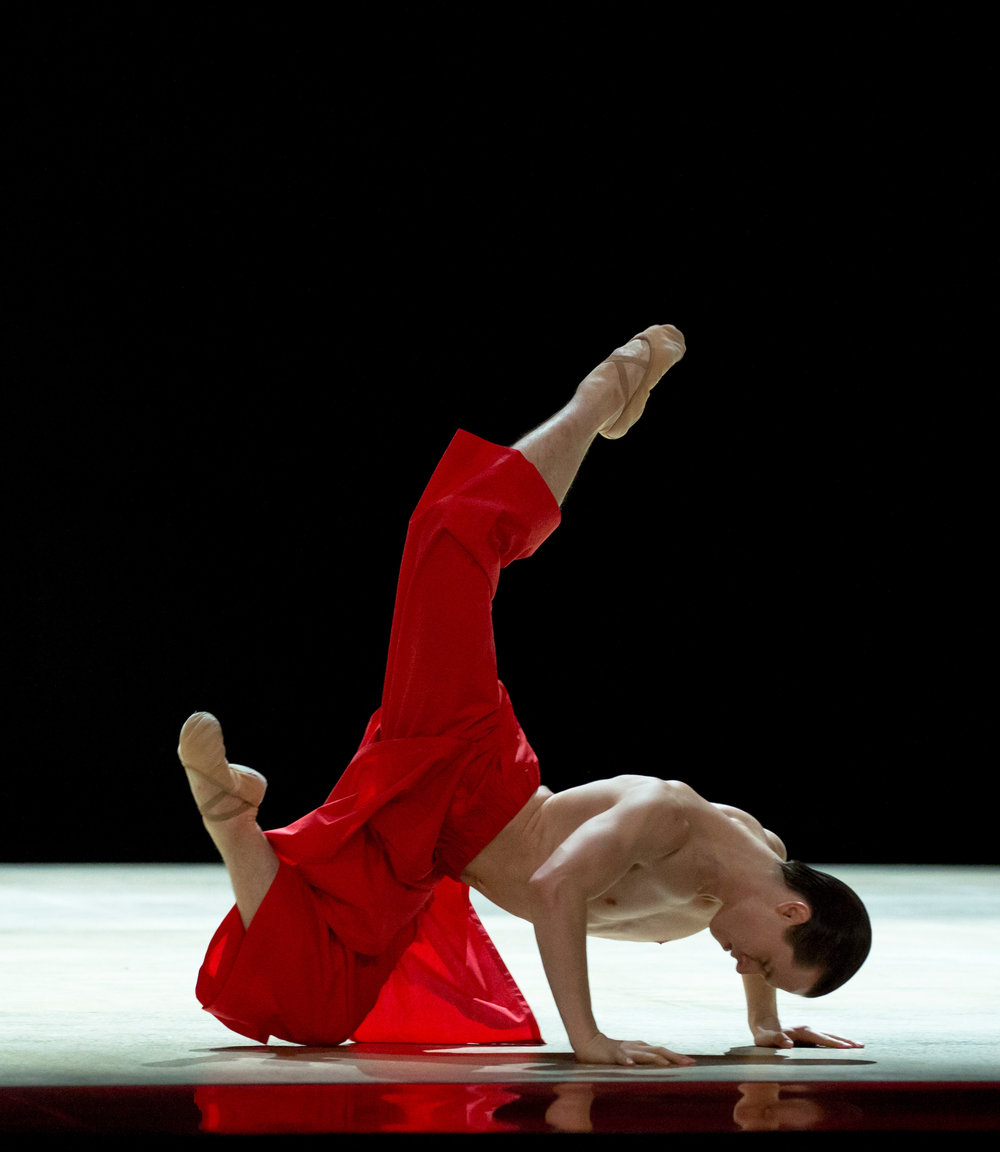 Royal Ballet Artist Calvin Richardson in Wayne McGregor's Obsidian Tear_ photo by Andrej Uspenski, courtesy The Royal Ballet (3).jpg