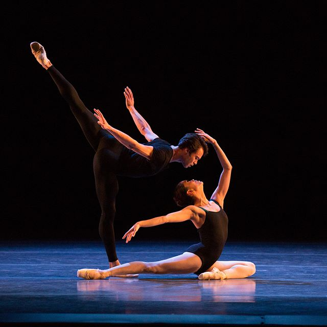 ❄️Need something to do on your snow day? Check out our inside look series with insights into @bostonballet's current program, Parts in Suite! Featuring interviews with @jormaelo, @pattideldancer and Jill Johnson. Link to site in our bio! . . . 📷 1. @paulo_arrais1987 and @msliac in Jorma Elo's Bach Cello Suites, photo by Rosalie O'Connor. 2. Justin Peck and Patricia Delgado, photo by Sabi Varga, Varga Images. 3. Jill Johnson rehearsing with Boston Ballet, photo by Liza Voll Photography. All courtesy of Boston Ballet.