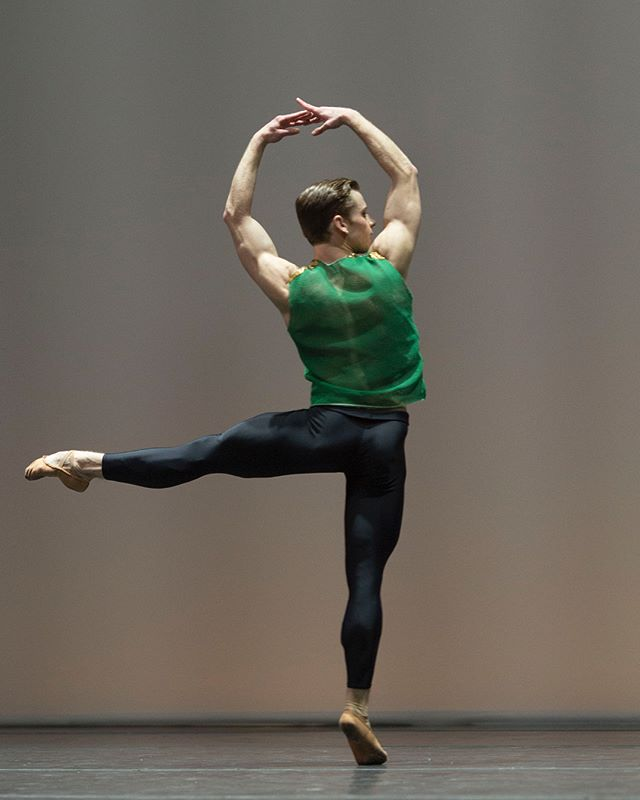 Yesterday @bostonballet announced the promotion of five dancers for the 2018–19. Congratulations to @dancechae, @derekbdunn, @pattymacfatty, @chyrstynmariah and @drewst0rybr0! Link to the story in our bio. . . . 📷: 1. Derek Dunn in William Forsythe's Pas/Parts 2018; photo by Peter Morse: http://www.petermorsephoto.com @petermorsestudio  2. Ji Young Chae in Jorma Elo's Bach Cello Suites; photo by Rosalie O'Connor, courtesy of Boston Ballet 3. Patric Palkens in Wayne McGregor's Obsidian Tear; photo by Rosalie O'Connor, courtesy of Boston Ballet 4. Chrystyn Fentroy in William Forsythe's Pas/Parts 2018; photo by Peter Morse 5. Drew Nelson; photo by Brooke Trisolini, courtesy of Boston Ballet