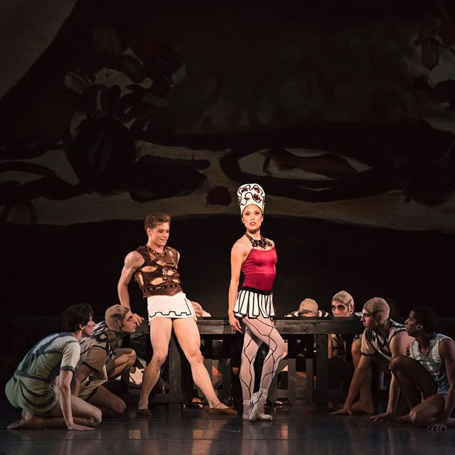 Opening night of @bostonballet's Classic Balanchine program was astounding. Keep and eye out for our review, and definitely don't miss this show! . . . 📷: Derek Dunn, Lia Cirio, and Boston Ballet in George Balanchine's Prodigal Son © The George Balanchine Trust; photo by Liza Voll, courtesy of Boston Ballet @derekbdunn @msliac @lizavoll