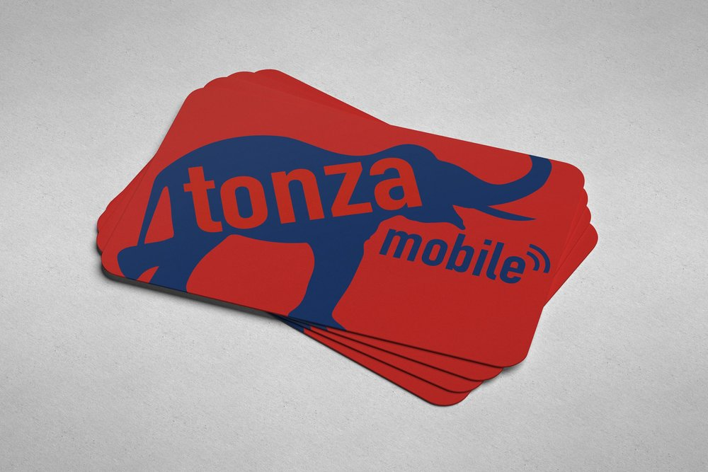 Tonza_Business_Card_Mockup_1.jpg