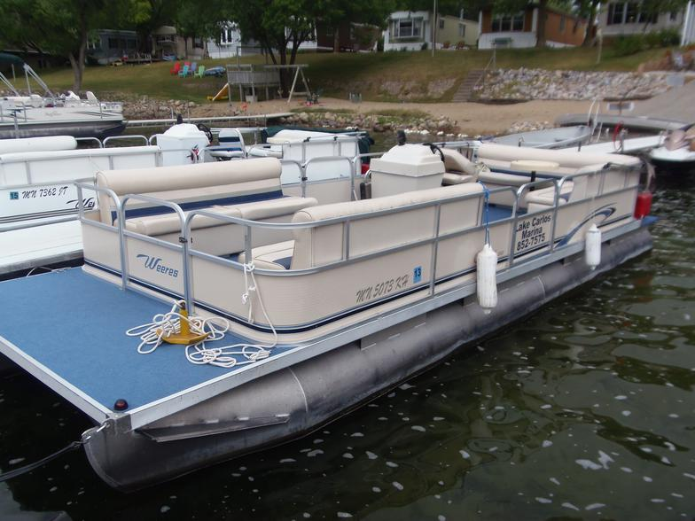 24' Weeres Pontoon with canopy 25 HP Motor - Perfect for up to 13 people.1/2 day (4 hours): $195Full day (8 hours): $260*week of July 4 (Sat-Sat) prices increase by $100/day