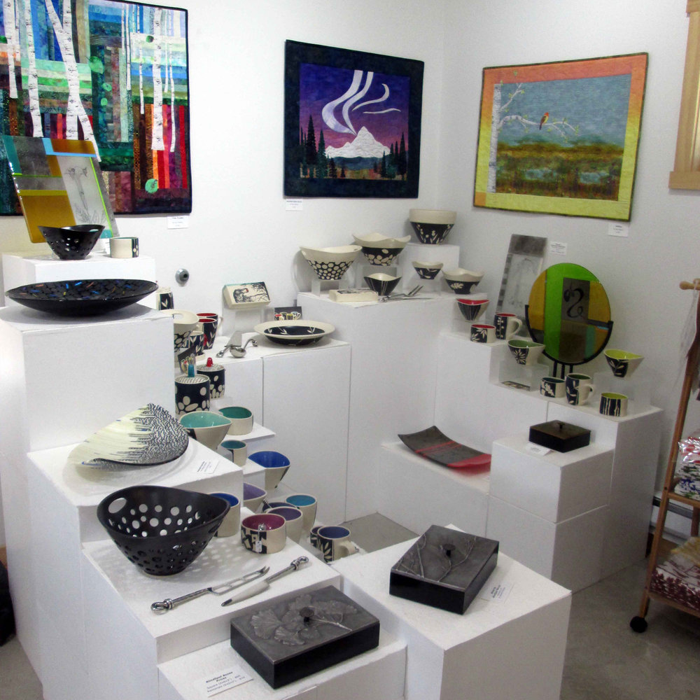 SilverWear Jewelry & Fine Craft- inside the gallery.