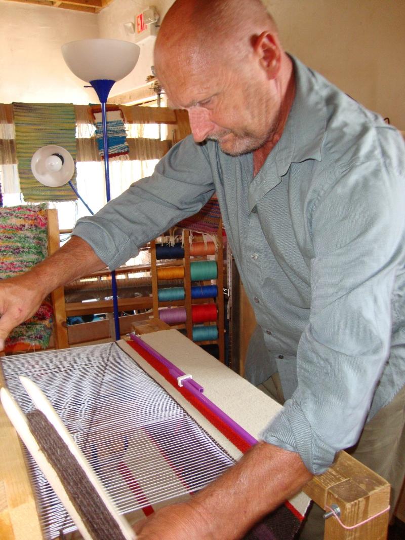 Hanne weaving wool