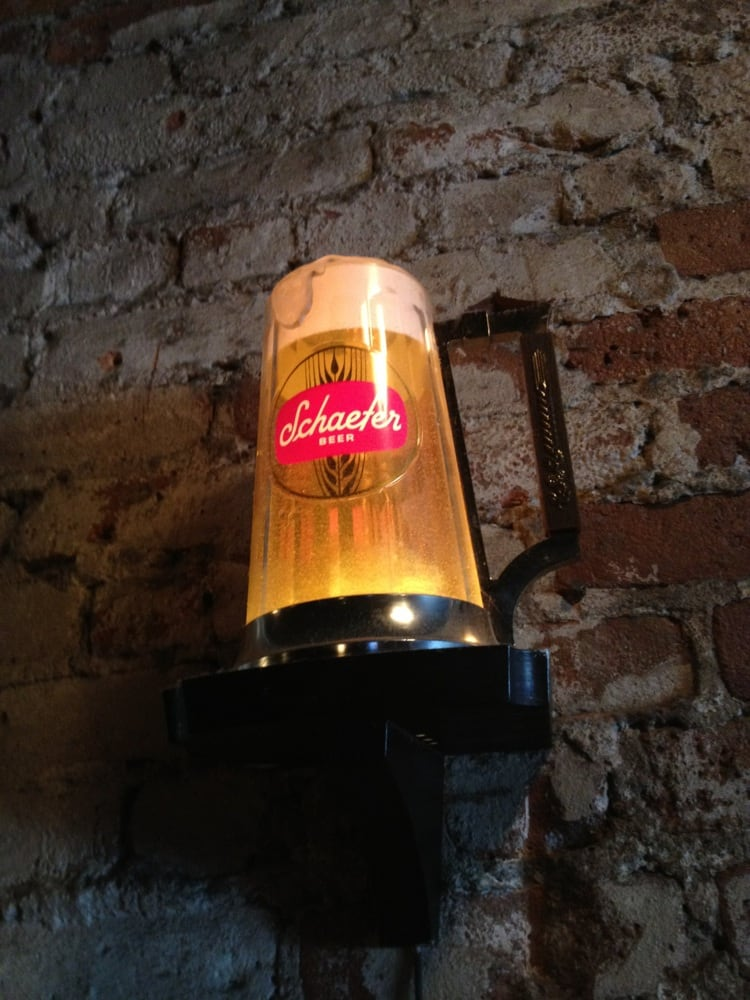 FOURTH AVE PUB SHAEFFER LIGHT.jpg