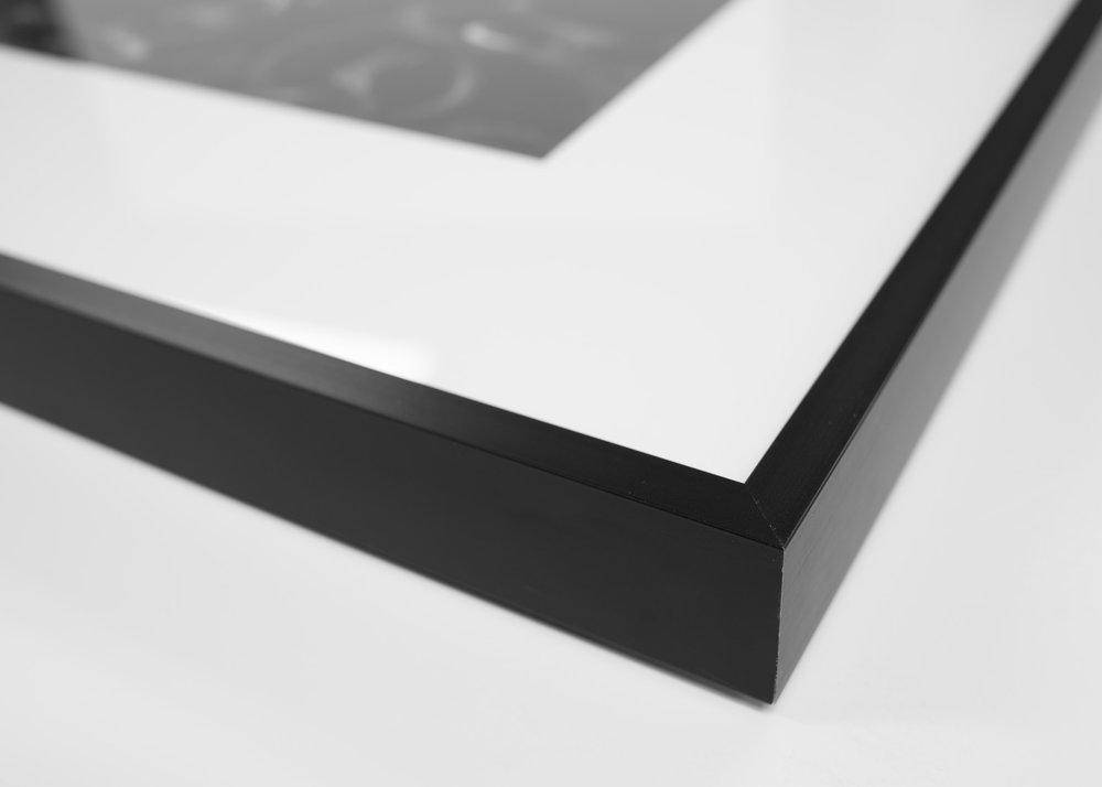 Black exhibition frame, 20x24