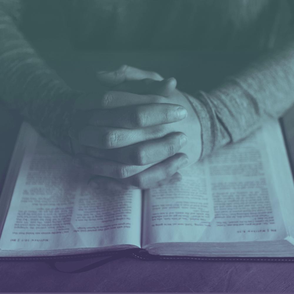 ¿oración? - Háganos saber cómo podemos orar por usted esta semana.