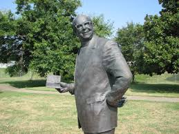 Father Maloney Statue.jpg
