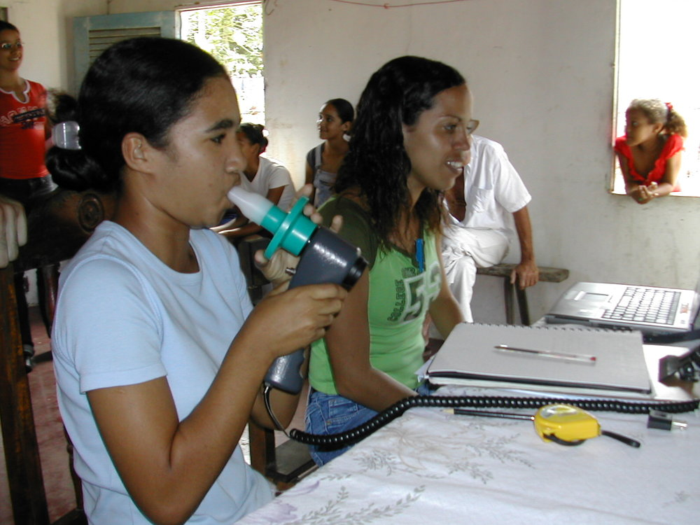 Conde Performing spirometry.jpg