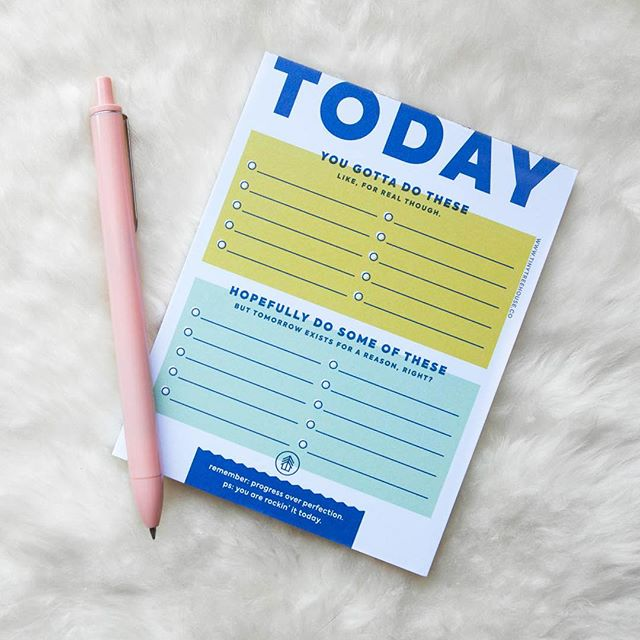 Staying on top of my to-do list game today. About to head to my favorite family-owned print shop to pick up some more Texas cards! 🤗 . . . . . #organization #etsyshop #stationery #todolist #snailmail  #psimadethis