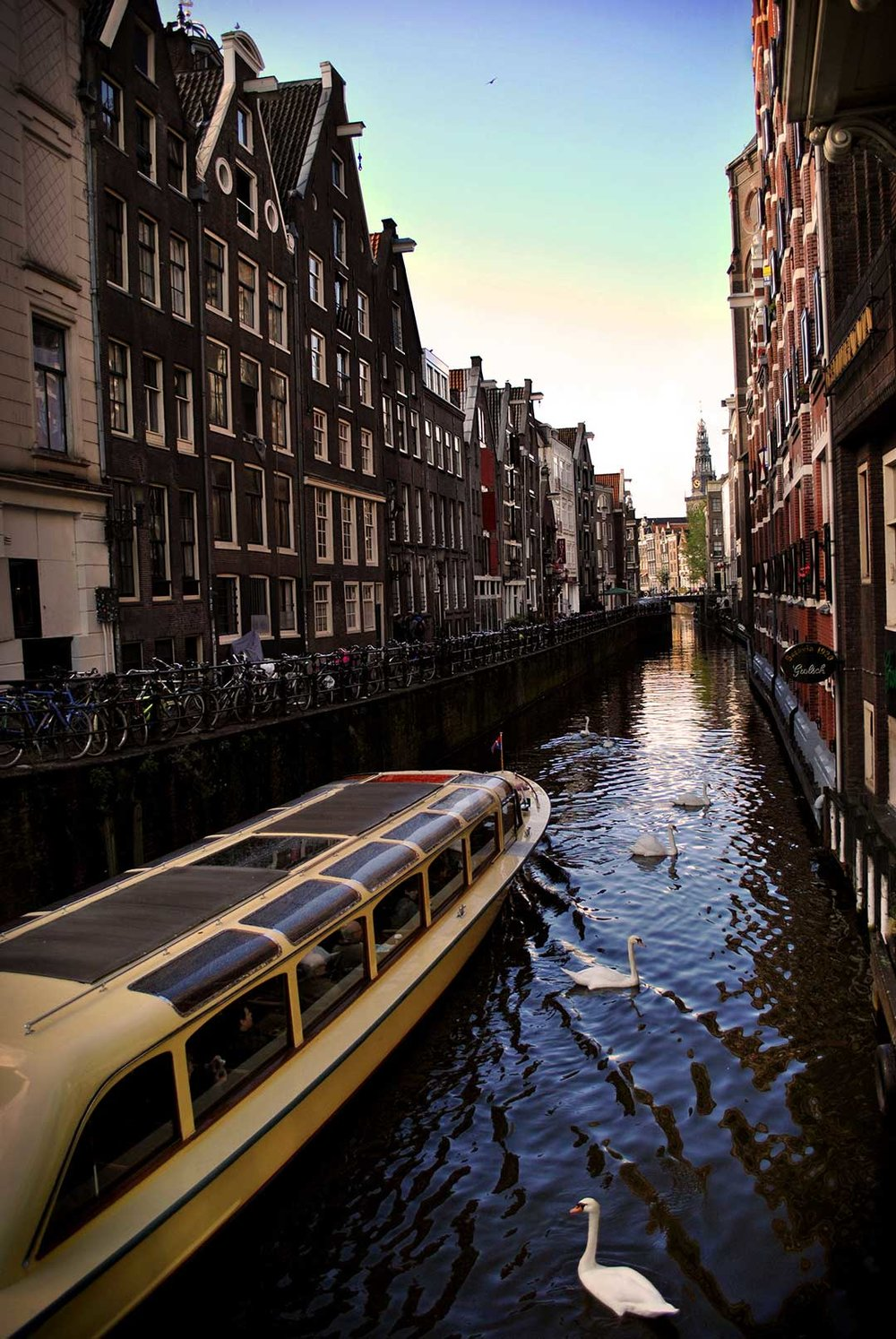 Amsterdam-Canals_WEB.jpg