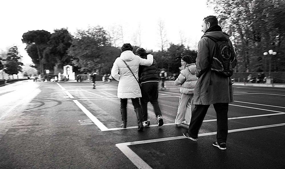 Florence-Family-Stroll_WEB.jpg