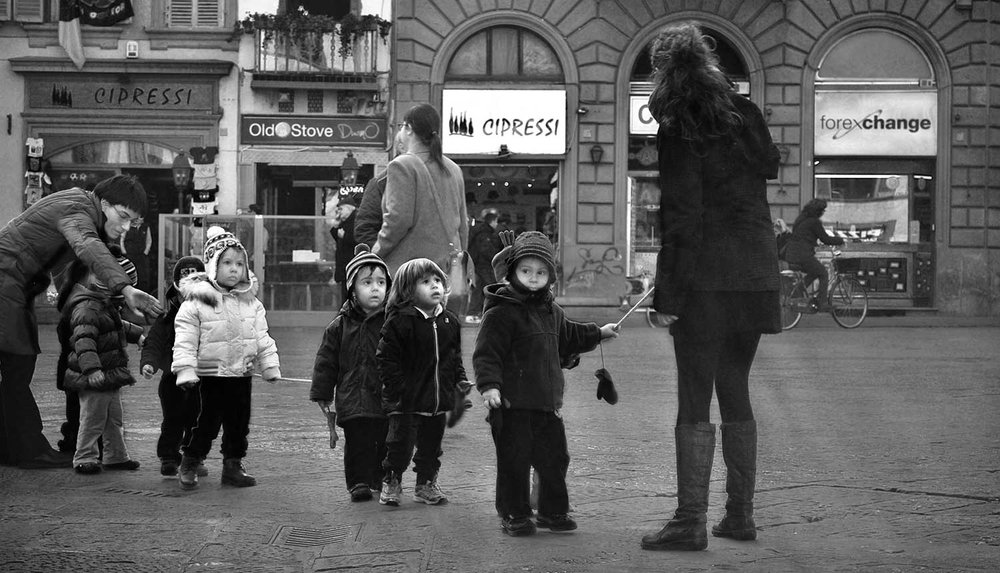 School-Children-in-Florence_WEB.jpg