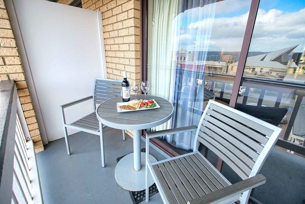 best-western-albany-apartments-hotel-motel-accommodation-harbour-view-king-2.jpg