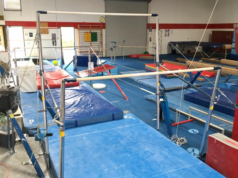 Main Gym - Bars