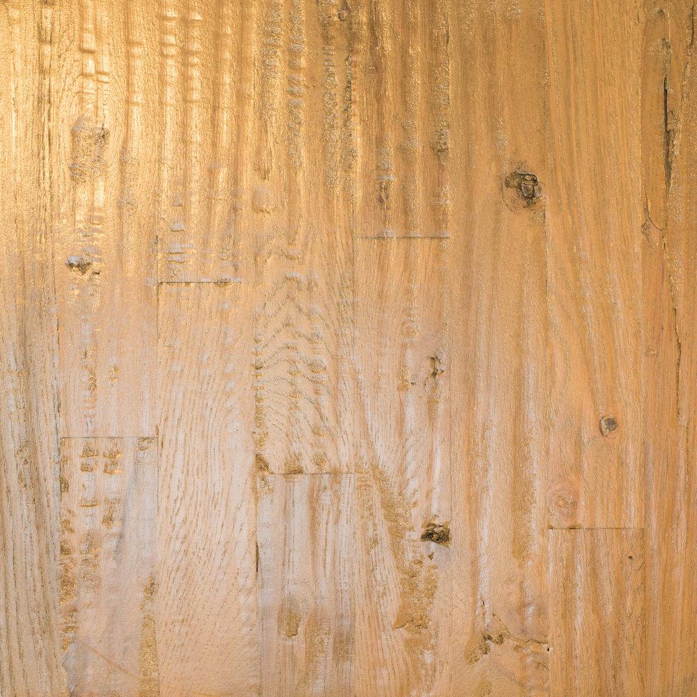 White Oak 2 1/4 #3 Hand-scrape Medium Brown/Country White Dura Clear