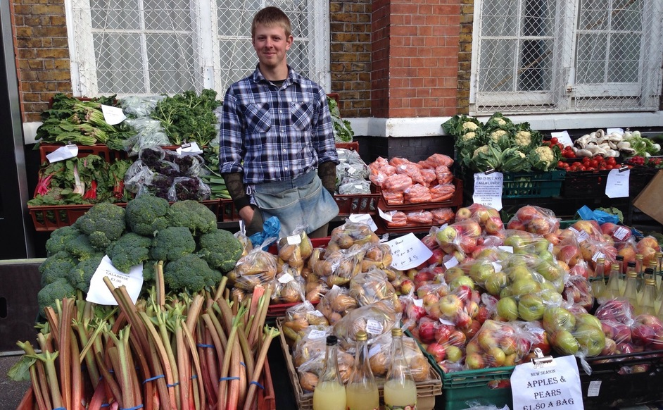 Perry court farm natural fruit & veg apples pears carrots cabbages potatoes kentish produce