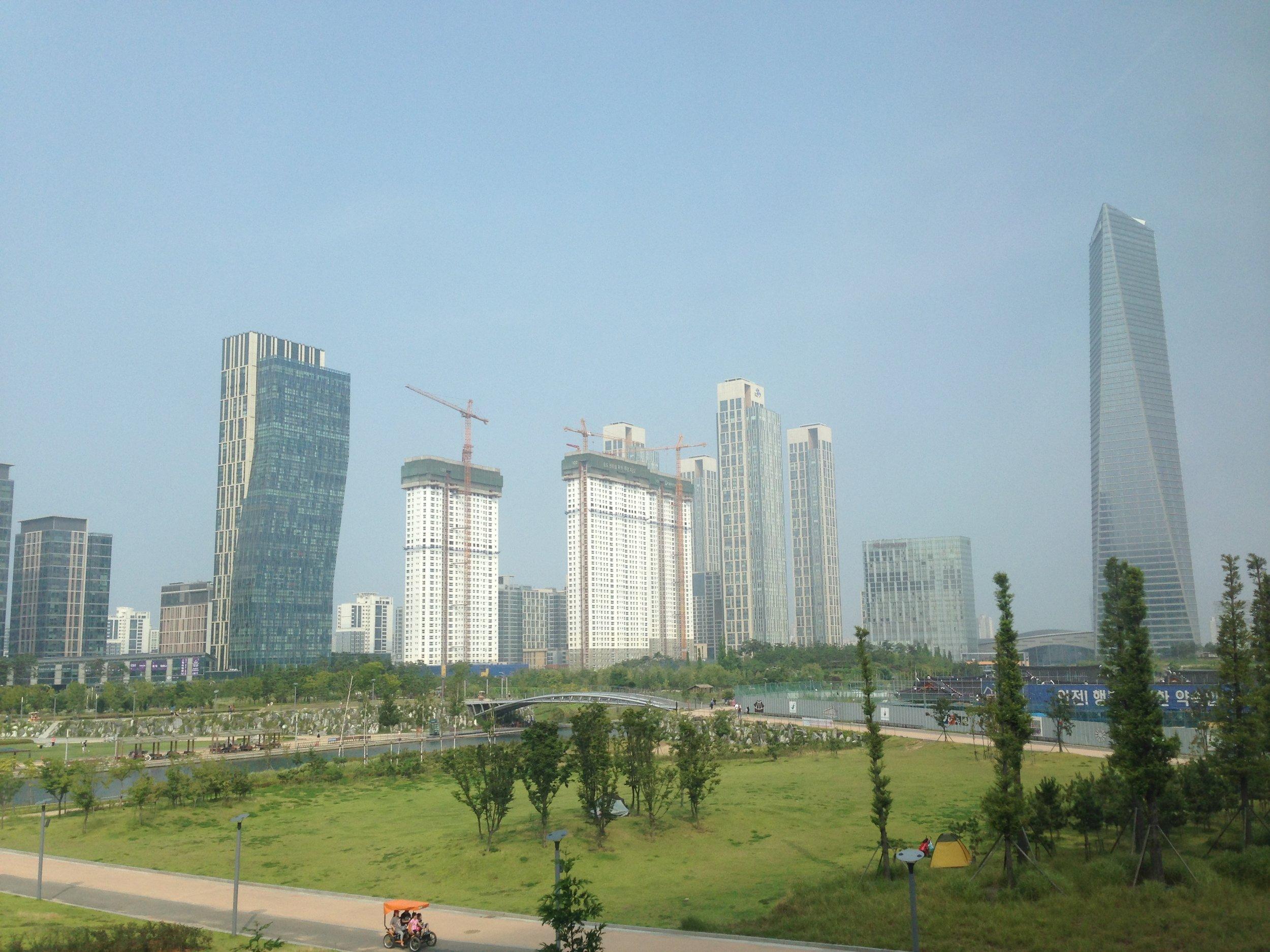 "Songdo's ""central park"""
