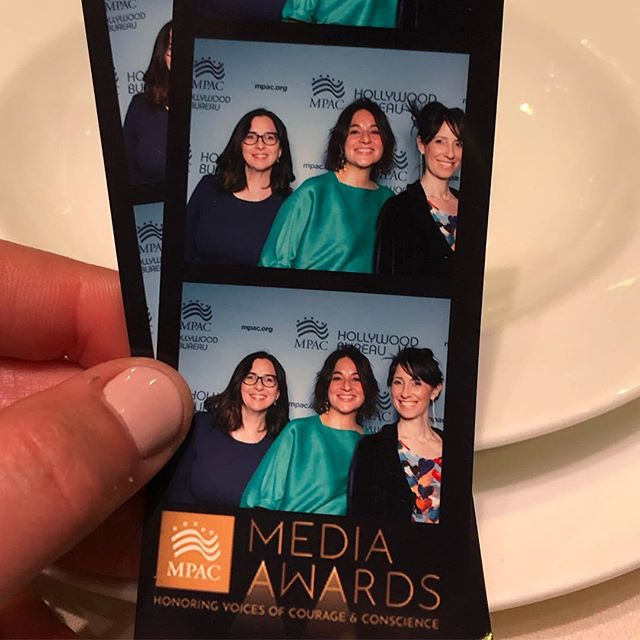 Dishing at @mpac_national Media Awards with @juderoth2015 @other50percentpodcast  And my two new friends @hinaxkhan & @behzaddabu (not pictured)  #mpacmediaawards #inclusion #banquet #atthetable #thewrongendofthetablebook