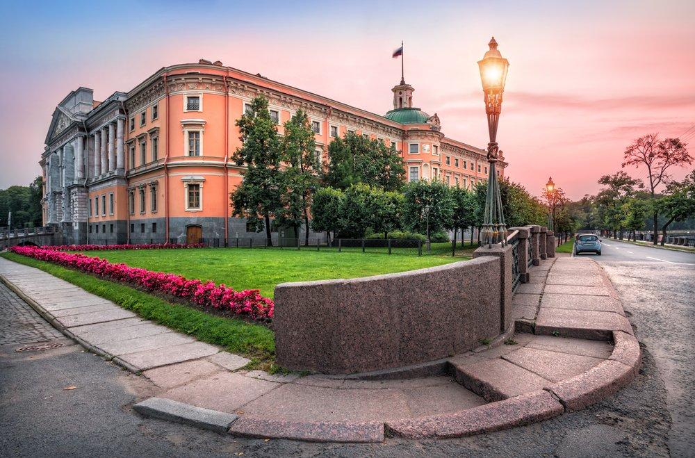 Baturina Yuliya/Shutterstock.com