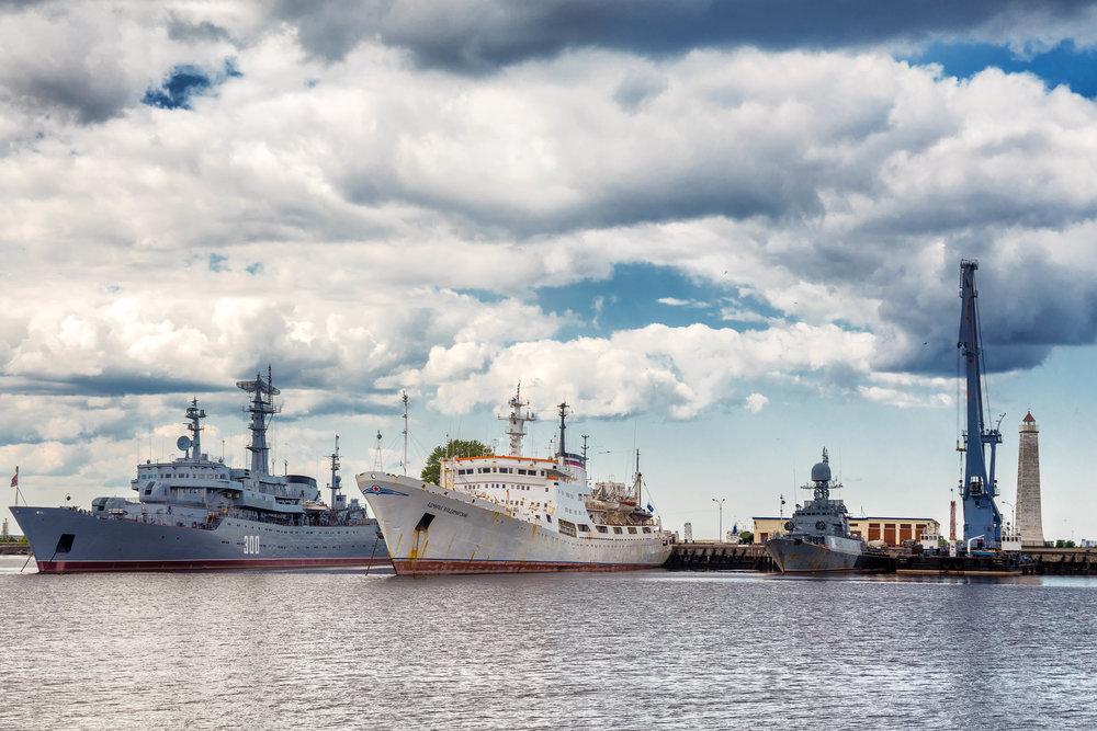 Кронштадт. Средняя гавань