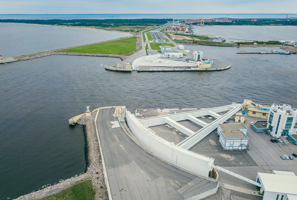 Финский залив. Дамба