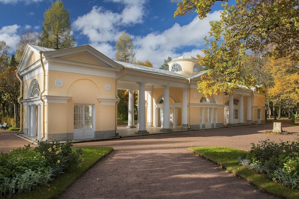 Павловск. Павлоский парк. Павильон «Вольер»