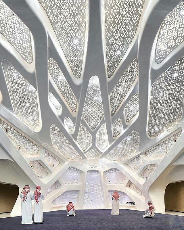 @Regrann from @modern.architect - #King Abdullah Petroleum Studies and Research Center, 📐 #ZahaHadid (R.I.P.) Architects (2017), 📍 #Riyadh #SaudiArabia, 📷 @huftonandcrow,