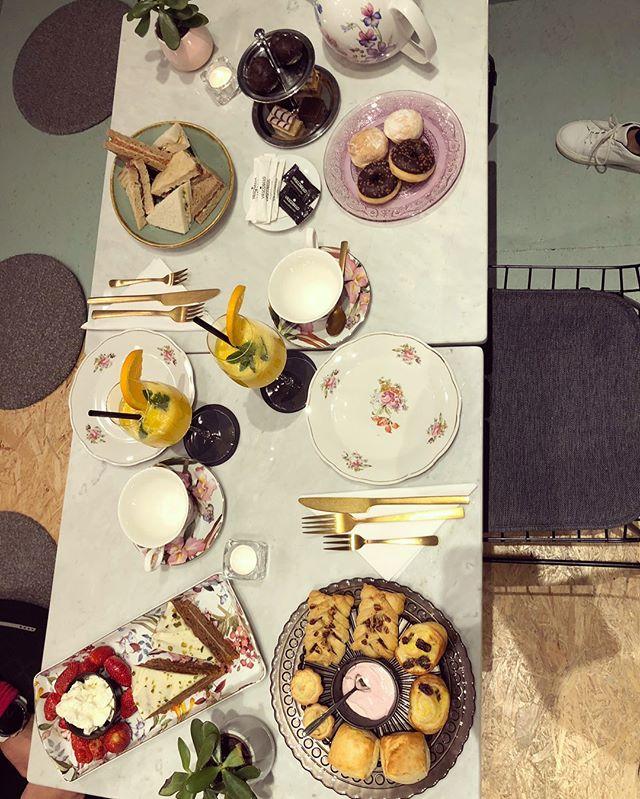 Wisten jullie dat wij ook geheel verzorgde High Tea's aanbieden?