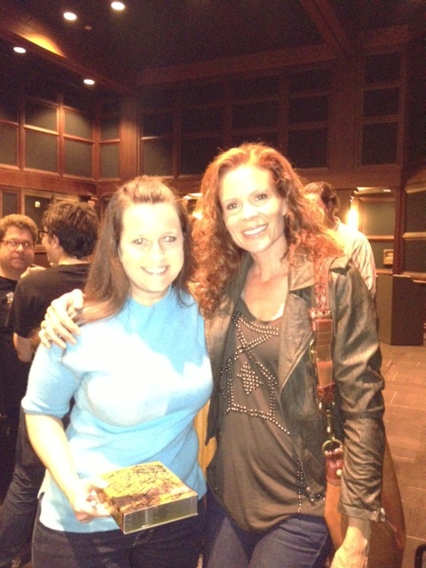 "Robyn Lively (Actor, ""Lana Budding Milford"")"
