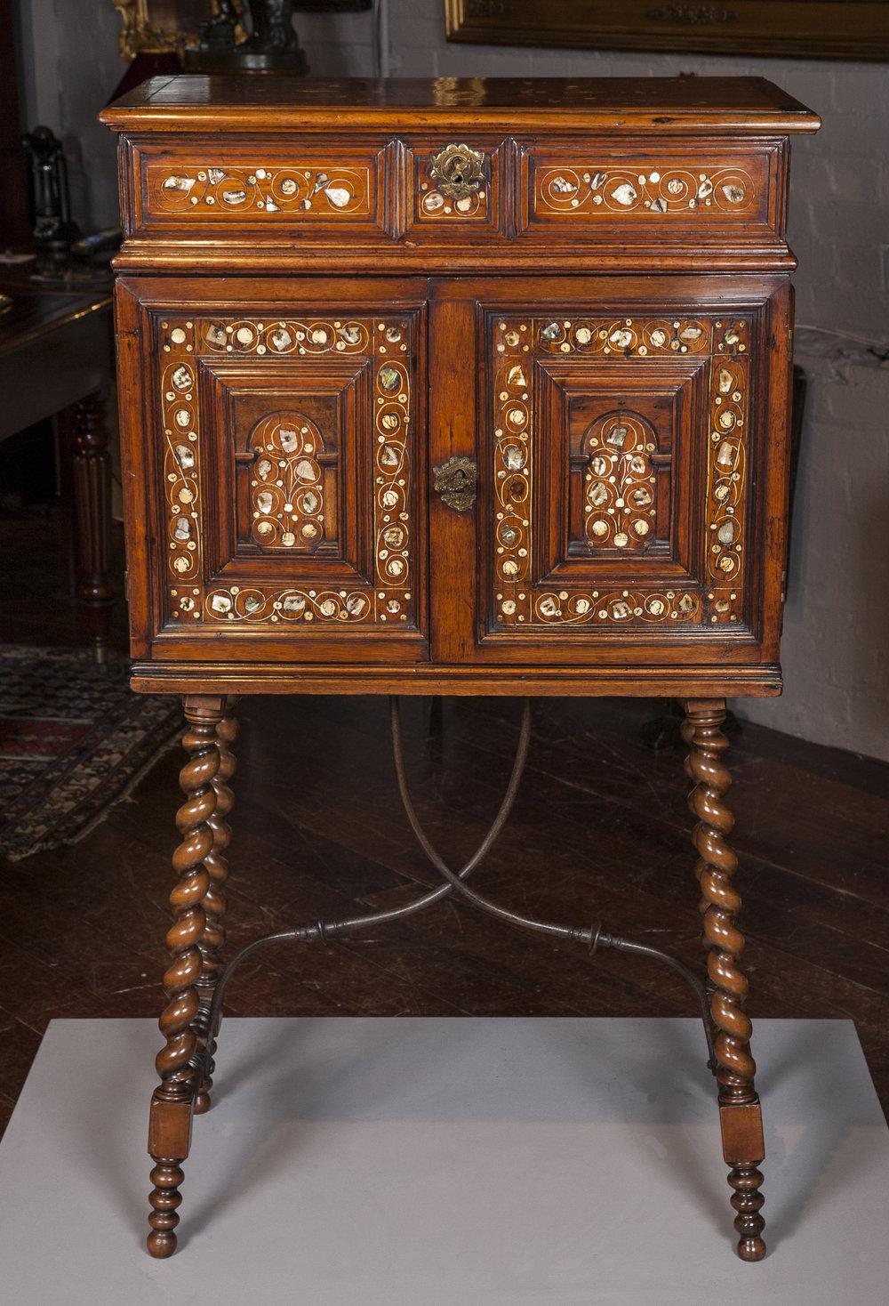 CabinetonStand.jpg