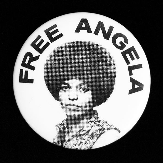 Happy Birthday to our ICON. 75 years of Freedom Fighting & the Baddest Afro in the History of Hair 🖤✊🏽 #HBDAngelaDavis #hairhistory