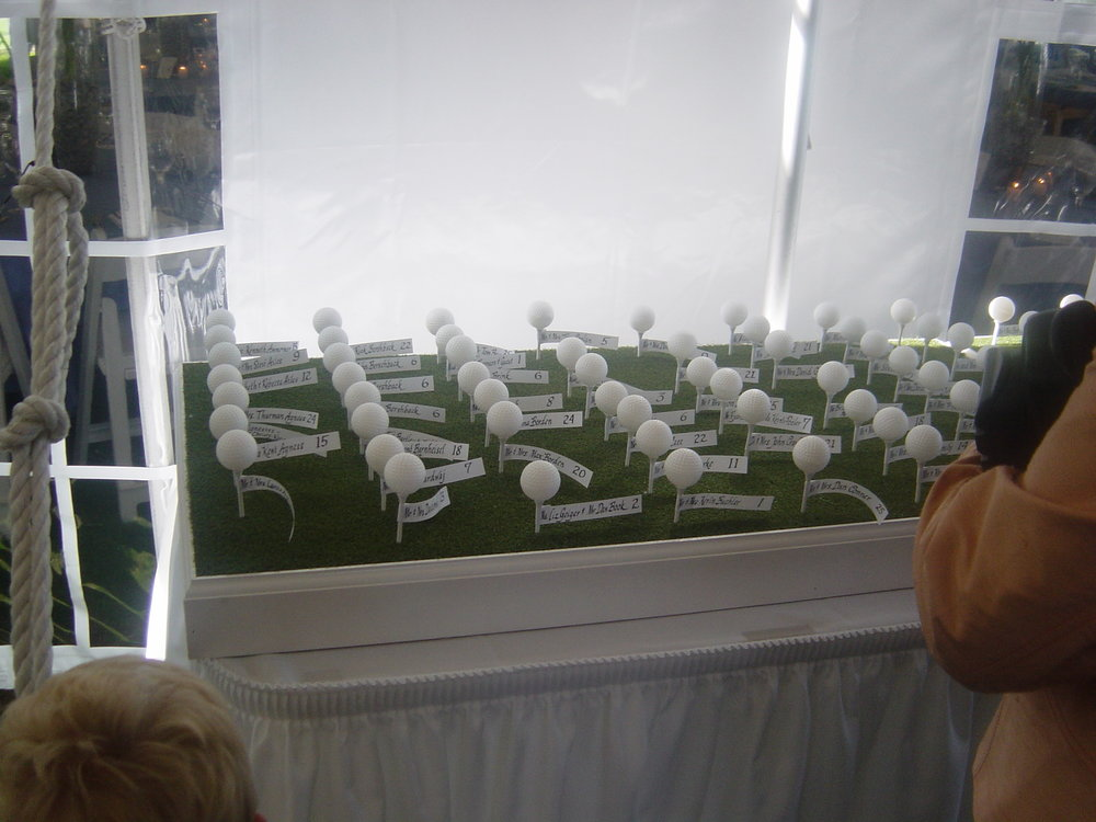 Golf tee name cards
