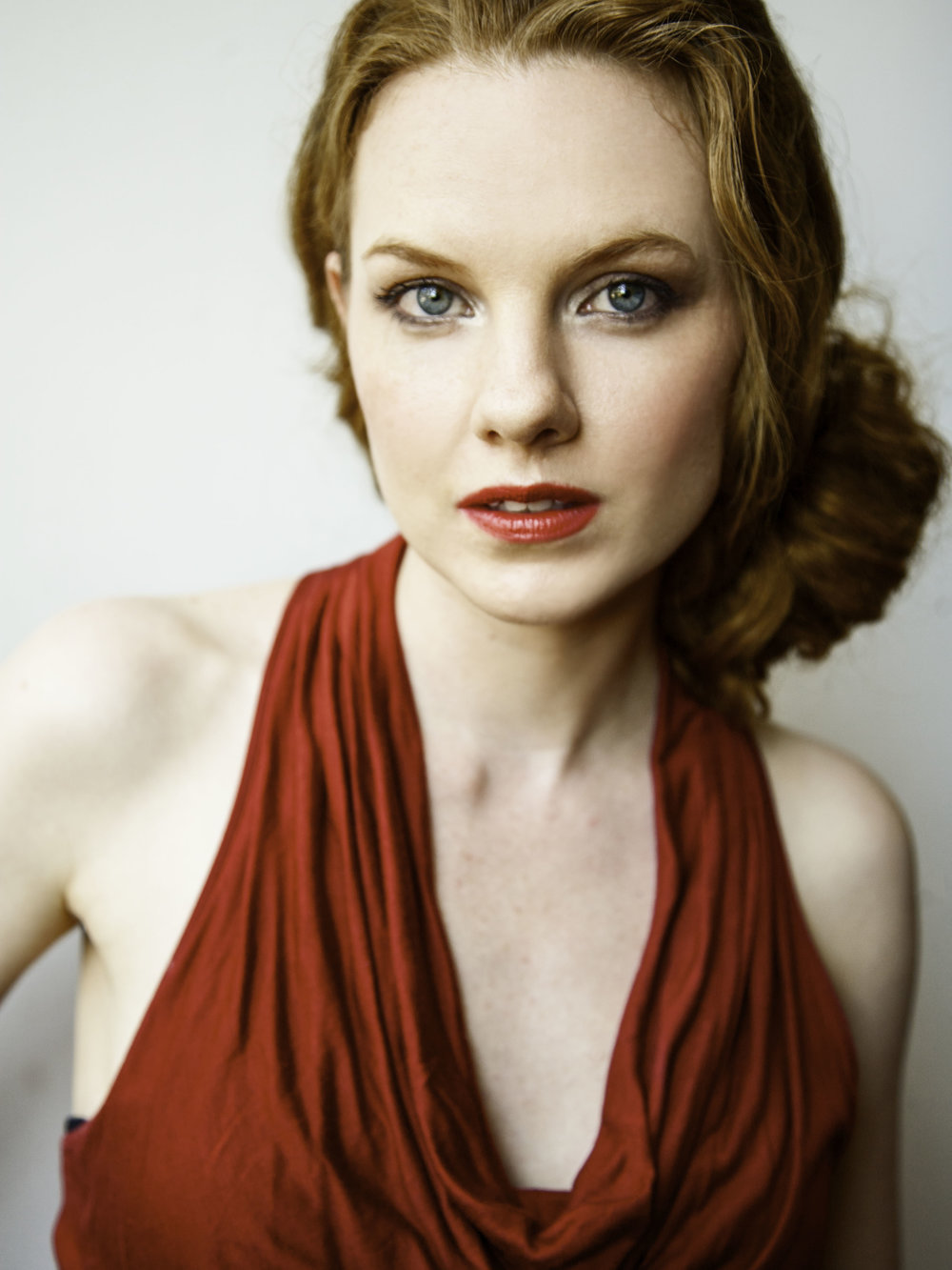 """Emily Klassen Donna Elvira Praised for her expressive singing and powerful stage presence, Canadian soprano Emily Klassen is earning accolades at home and abroad. In July 2016 Emily performed a concert tour across Northern Italy with the assistance of the Canada Council for the Arts. There, she appeared as a guest artist in nine internationally renowned music festivals with acclaimed Italian organist Luciano Zecca. Her intelligent interpretation of 17th & 18th Century music has led to solo engagements with many Baroque ensembles including the Venetia Antiqua (Venice, IT), Gallery Players of Niagara (Niagara, CA), the Toronto Continuo Collective (Toronto, CA), the Cardinal Consort of Viols (Toronto, CA), and Capella Intima, (Hamilton, CA).  Equally at home on the opera stage, Emily has performed such roles as Musetta in Puccini's La bohèmewith Pellegrini Opera (Ottawa, CA), Pallade in Gluck's Paride ed Elenawith Essential Opera (Toronto, CA), Dafne in Cavalli'sGli Amori d'Apollo e di Dafnewith The Venice Opera Project (Venice, IT), Adina in Donizetti's L'elisir d'amorewith Pellegrini Opera (Ottawa, CA), Dafne in Da Gagliano's La Dafnewith Capella Intima (Toronto, CA), Amor/Minerva in Monteverdi's Il ritorno d'Ulisse in patriawith Accademia Europea Dell'Opera (Amsterdam, NL), Casilda in Gilbert & Sullivan's The Gondolierswith Toronto Operetta Theatre (Toronto, CA) and Queen of the Night in Mozart's The Magic Flutewith Summer Opera Lyric Theatre (Toronto, CA).  Emily gained international attention for her performance on the critically acclaimed NBC series """"Hannibal"""" where she performed an excerpt from Handel's """"Piangerò la sorte mia."""" As an actor, Emily also appeared on the CTV series """"Flashpoint,"""" the CBC series, """"Murdoch Mysteries"""" and the Lifetime Network series """"Angela's Eyes."""""""""""