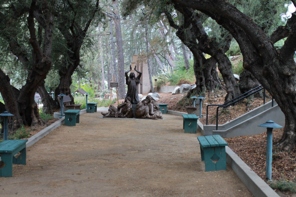 Mater Dolorosa Statue.png